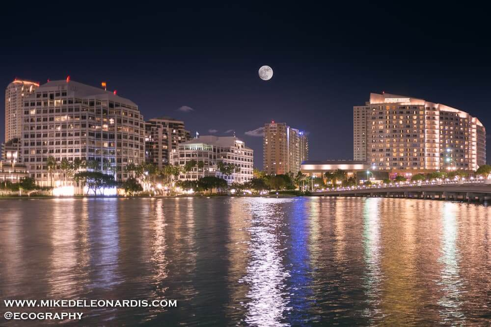 Full Moon rising over Brickell Key, Florida. The Moon was at its closest distance to Earth since 1948 allowing the Moon to be about 7% larger and 16% brighter than an average Full Moon.