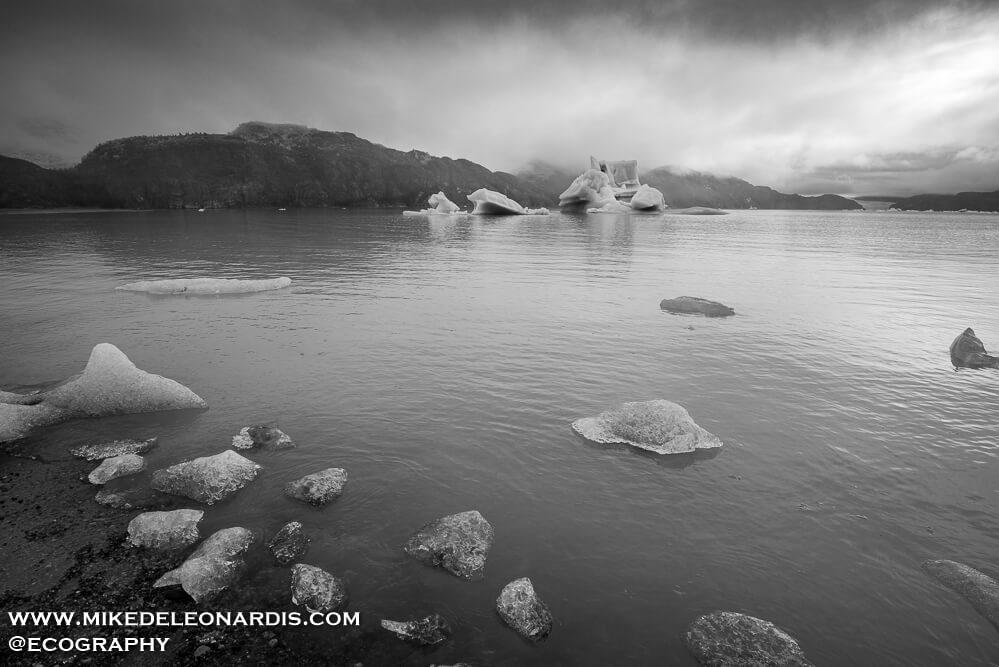 Lago Grey Ice